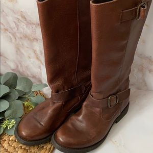 GUC- Steve Madden Frencchh boots - size 8.5